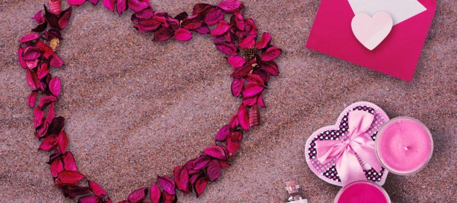 Shopping - Ratgeber valentinstag_pexels-photo-208160-900x400 Wo gibt es gratis Aktionen und Angebote zum Valentinstag
