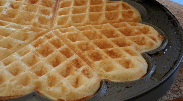Shopping - Ratgeber waffle-203024_1920-600x330 Tipps für das richtige Waffeleisen